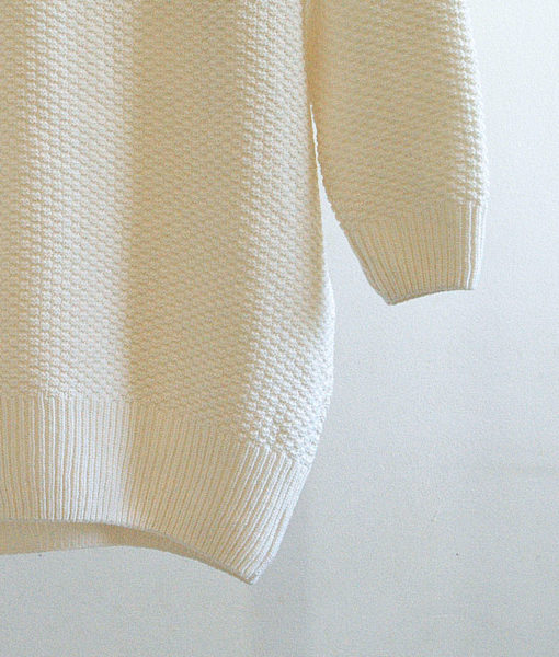 shop lovely loose knee-length pullover finnish fashion utu sustainable hygge luxurious over-sized sweater fine wool made in finland aurora sofia suomi100