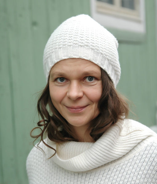 shop poiju beanie finnish fashion sustainable hygge luxurious wool made in finland aurora sofia