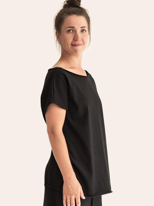 Natural yoga t-shirt